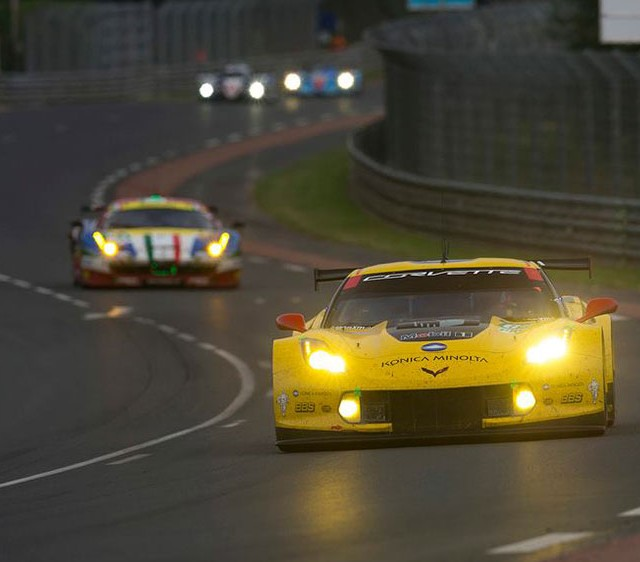 Corvette-Racing-No-64-at-2015-24-Hours-of-Le-Mans-04