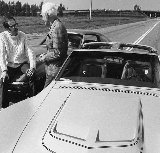 patrick-bedard-and-zora-arkus-duntov-with-the-1971-chevrolet-corvettes-photo-525560-s-1280x782